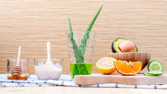 Мед и сок алоэ в дополнение к авокадо