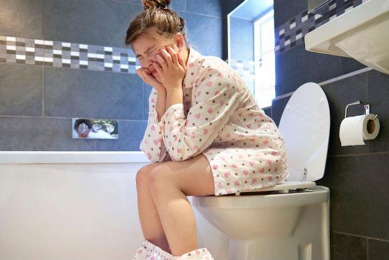 Резь в животе при посещении туалета