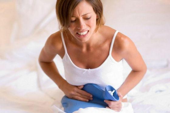Боли в животе как признак врастания эндометрия