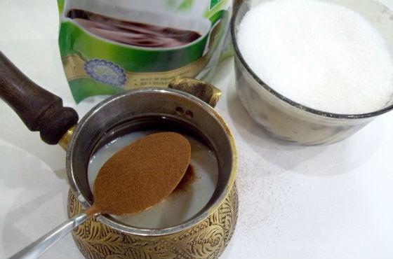 Приготовление цикориевого напитка с сахаром
