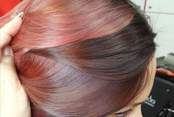 Окрасить волосы можно только на несколько оттенков светлее или темнее