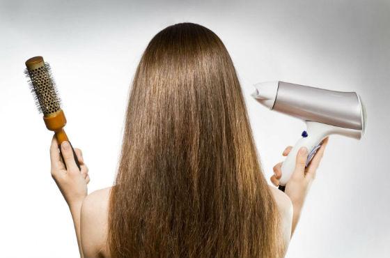 Многие салонные процедуры по уходу за волосами проводят дома