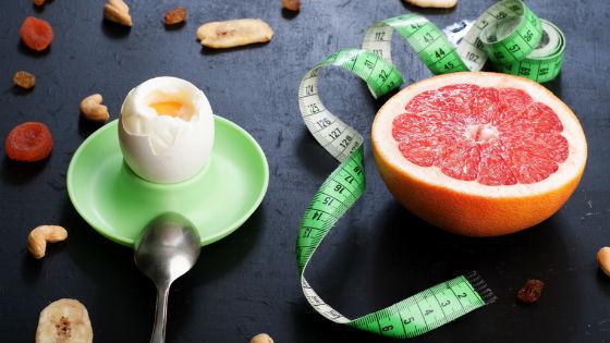 Яйца и грейпфруты как основа диеты