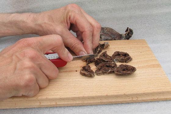 Изготовление порошка из бобрового мускуса