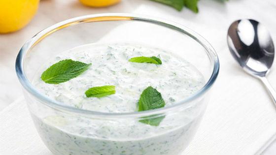 Заправка с йогуртом для мясных блюд