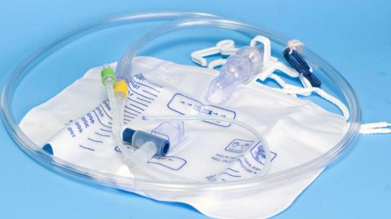 Катетер для введения лекарства в мочевой пузырь