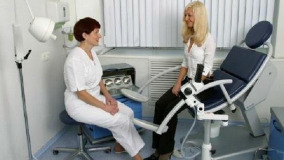 Выяснить причину отклонений гормонального фона от нормы поможет специалист