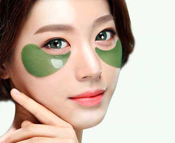 Корейские патчи для глаз «лепестки»