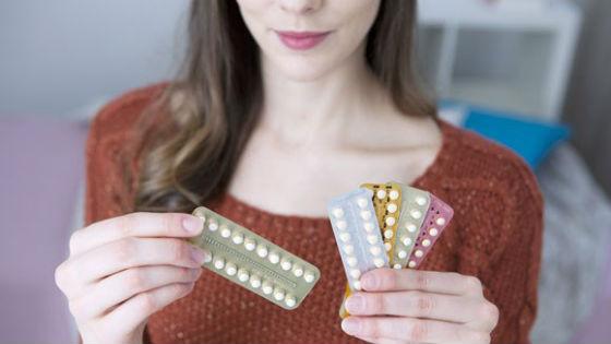 Начинают лечение новообразования с приема гормональных препаратов