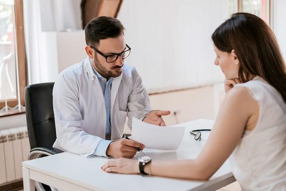При лечении вагинального кандидоза препараты назначаются врачом