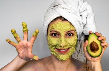maski_iz_avokado_dlya_lica Маска из авокадо – для здоровья кожи и волос