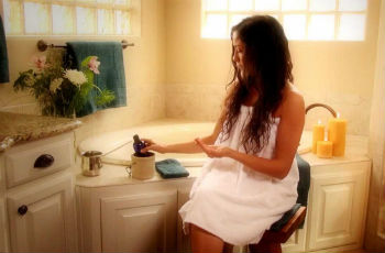 Эфирные масла-афродизиаки: для женщин и мужчин, какое выбрать, как применять, композиции для ванн, духов, массажа