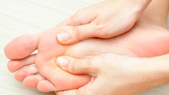 Массаж для поддержания кожи стоп в тонусе