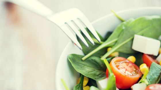 Из овощей и сыра допускается готовить салат