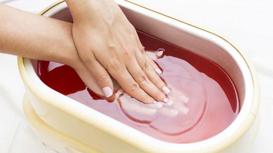 Парафинотерапия для рук и ногтей дома