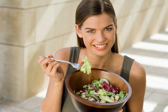 Правильное питание поможет в восстановлении кожи