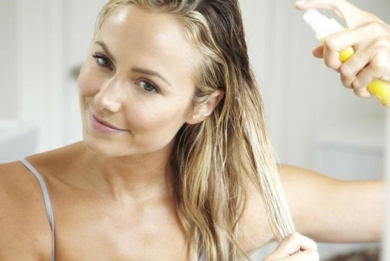 Использование средств ухода поможет сохранить здоровье волос после окрашивания