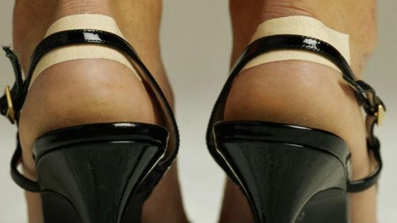 Неудобная обувь как основная причина натертостей