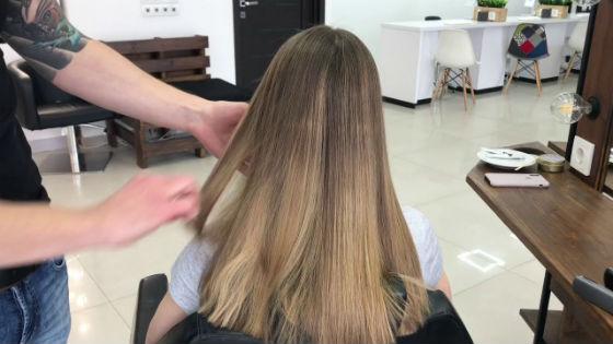 На натуральном цвете волос