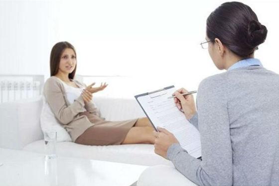 На сложные жизненные вопросы поможет найти ответы психолог