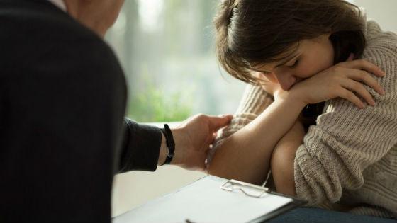 При любых душевных переживаниях важно посетить психолога