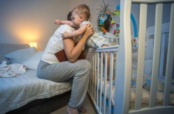 Почему у детей случаются ночные истерики