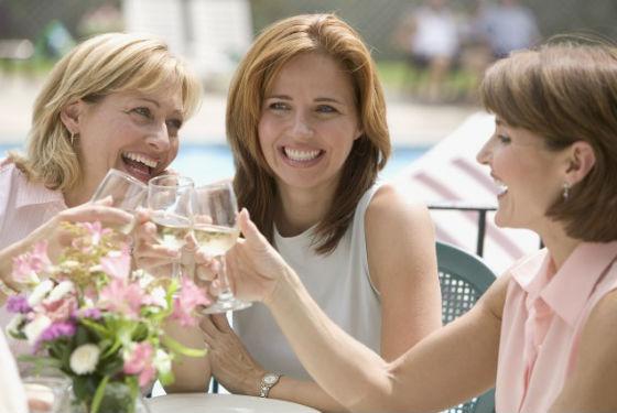 Счастье в общении с близкими людьми