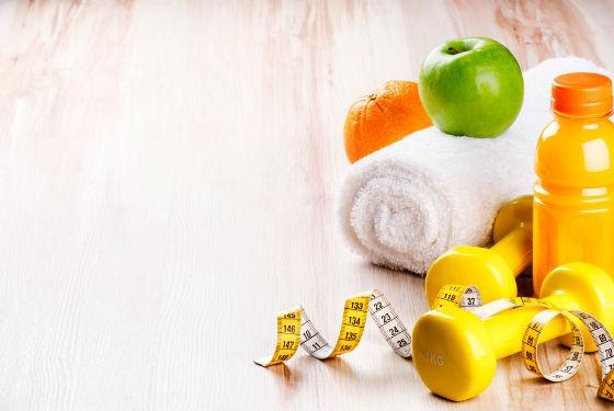 При соблюдении диеты желательно заниматься спортом