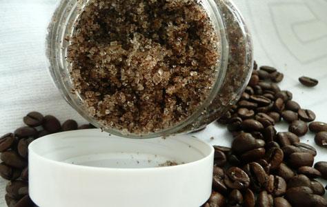 Скраб из морской соли и кофейных зерен