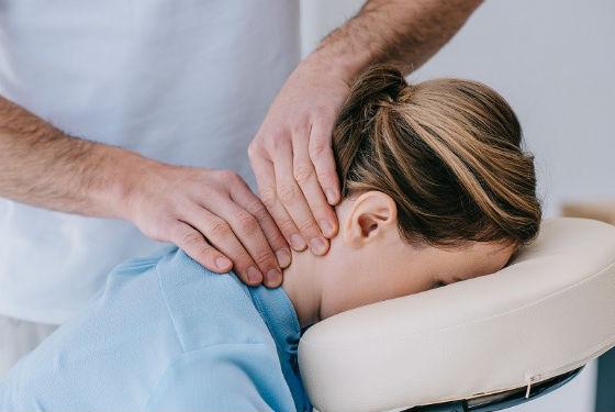 Неврологический массаж для снятия головной боли