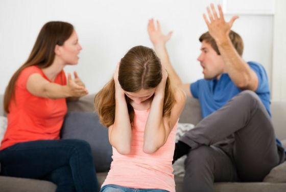 Ссоры при ребенке способны спровоцировать тревожное состояние