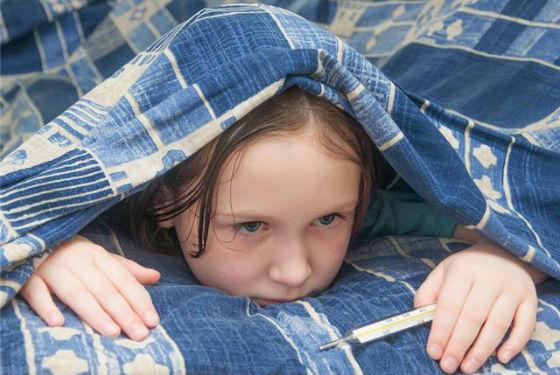 Внезапная лихорадка и высокая температура отличает грипп от ОРВИ