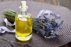 Эфирное масло лаванды, свойства, применение, рецепты для кожи, волос и лечения, противопоказания