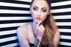 Визуальное увеличение глаз посредством макияжа