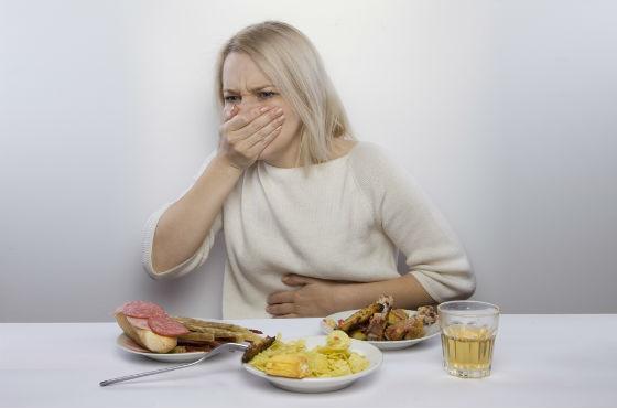 Неприятные ощущения в желудке после переедания