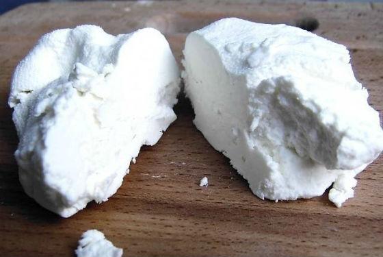 Изготовление творога из овечьего молока