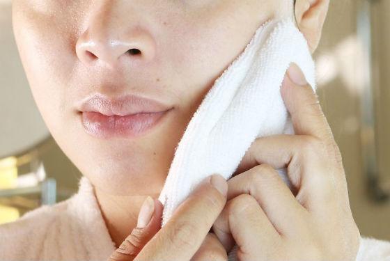 Кожный покров следует промакивать, а не тереть после мытья