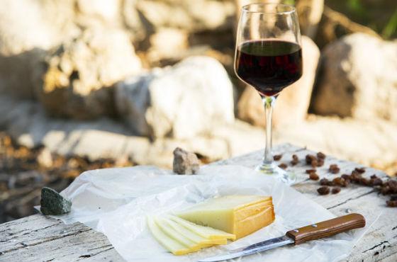 Вино и сыр на ужин при винной диете