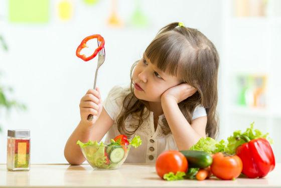 Большинство необходимых веществ поступает в организм из овощей и фруктов