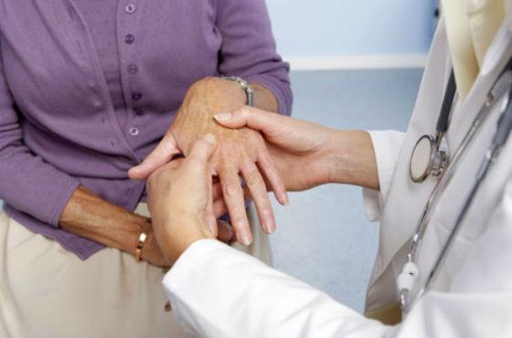 Синтетические витаминные препараты назначает врач
