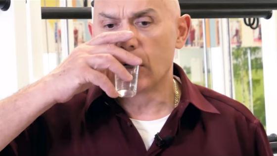 После каждой серии тренировок пьют глоток воды