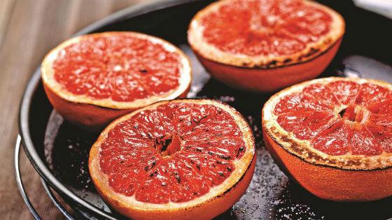 Запеченные фрукты на десерт после выхода из диеты